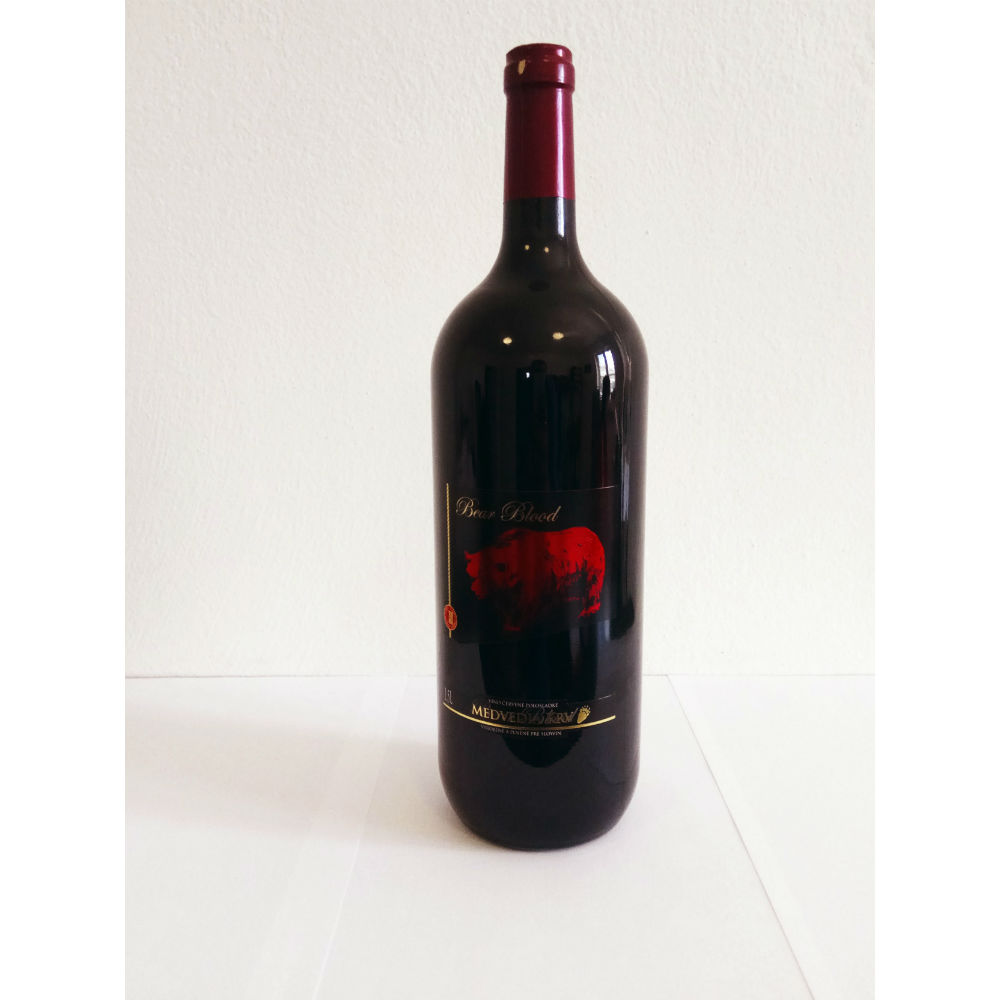 Medvedia Krv Red 1,5l Slowin